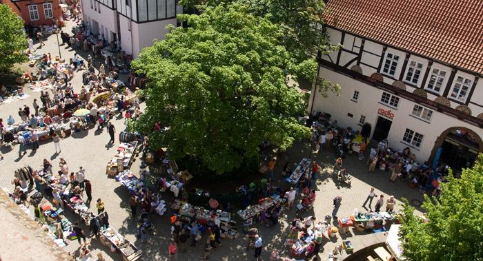 Sa.04.08. | 08.00 Uhr :: FLOHMARKT auf dem Johanniskirchhof